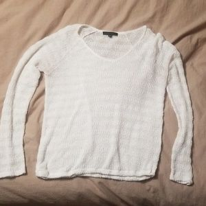 Light weight sweater